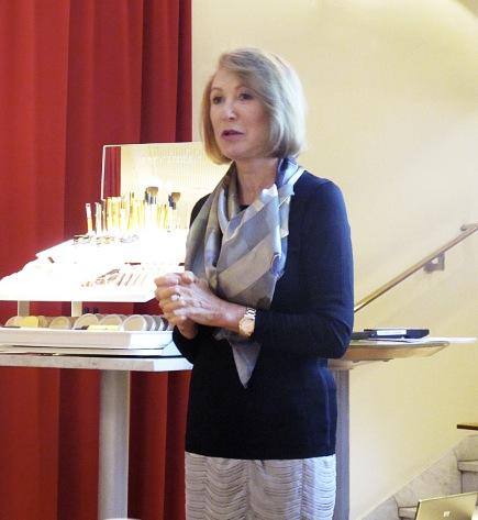 Jane Iredale var den första som såg potentialen i mineralmakeup och dess hudvårdande egenskaper.