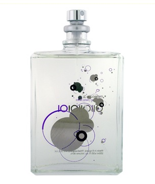 Min favorit- unisex parfym. Molecule 01 Escentric Molecules Utan doftnoter. Isobaserad. Uppbyggd på en enda molekyl.