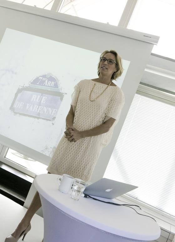 Ema Wiklund hade på sig vackra smycken från svenska Maria Nilsdotter på lanseringen