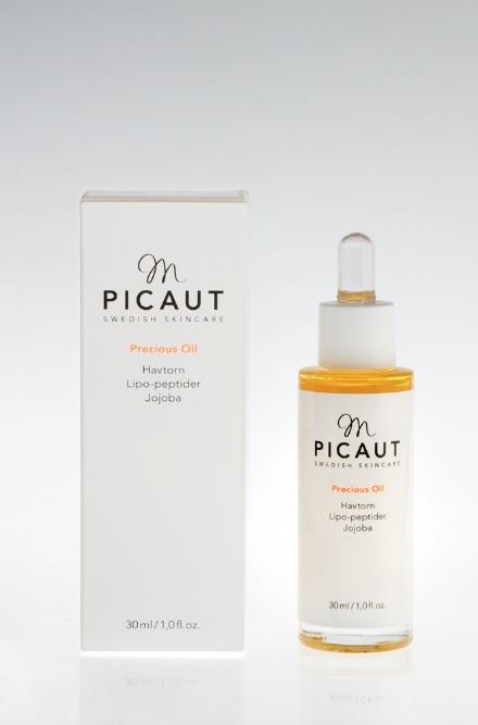Min favoritolja från Mette är Precious oil som innehåller havtornsolja, peptider och jojoba. Godis för min torra hy!