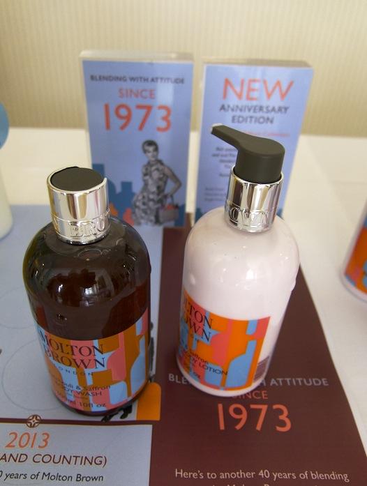 Molton Brown firar 40 år med att släppa en ny doftkobination. Patchouli och saffran. Mums