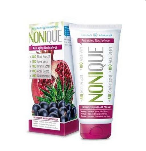 Nonique nattkräm innehåller noni, acai och blåbär bara för att nämna några superbär- och frukter