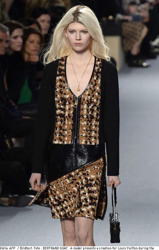 Så här såg det ut på catwalken när Louise Vuitton visade sin senaste säsong i Paris