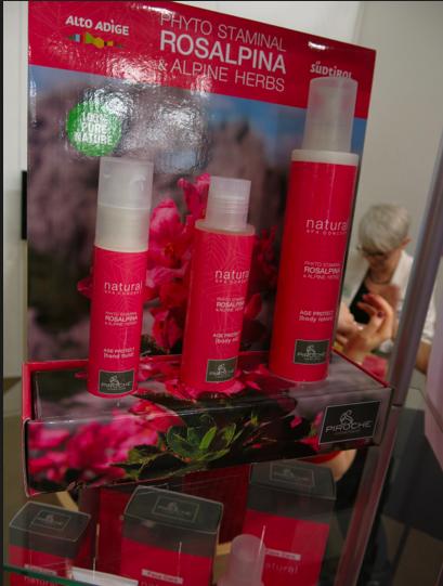 Nytt märke på den svenska marknaden är italienska Piroche med ingredienser från alpros (släkt med Rhododendron)