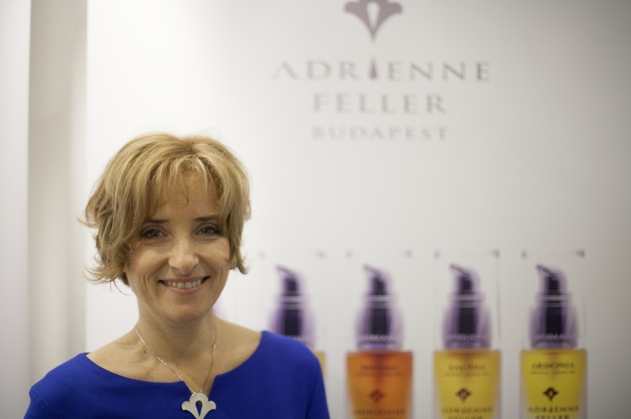 Ungerskan Adrienne Feller gör finstämd ekologisk hudvård utan konstigheter.