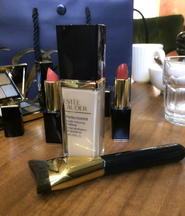 Perfectionist Youth Infusing Makeup har spf 25 och ger en schysst glow till hyn