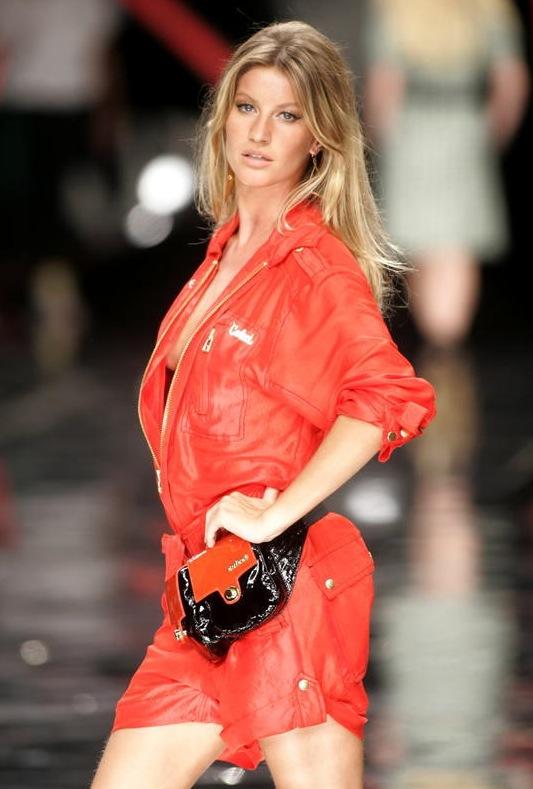 Giselle Bündchens cendréfärgade hår är en tacksam grundfärg som tillåter en att leka med olika hårnyanser. Foto: AP