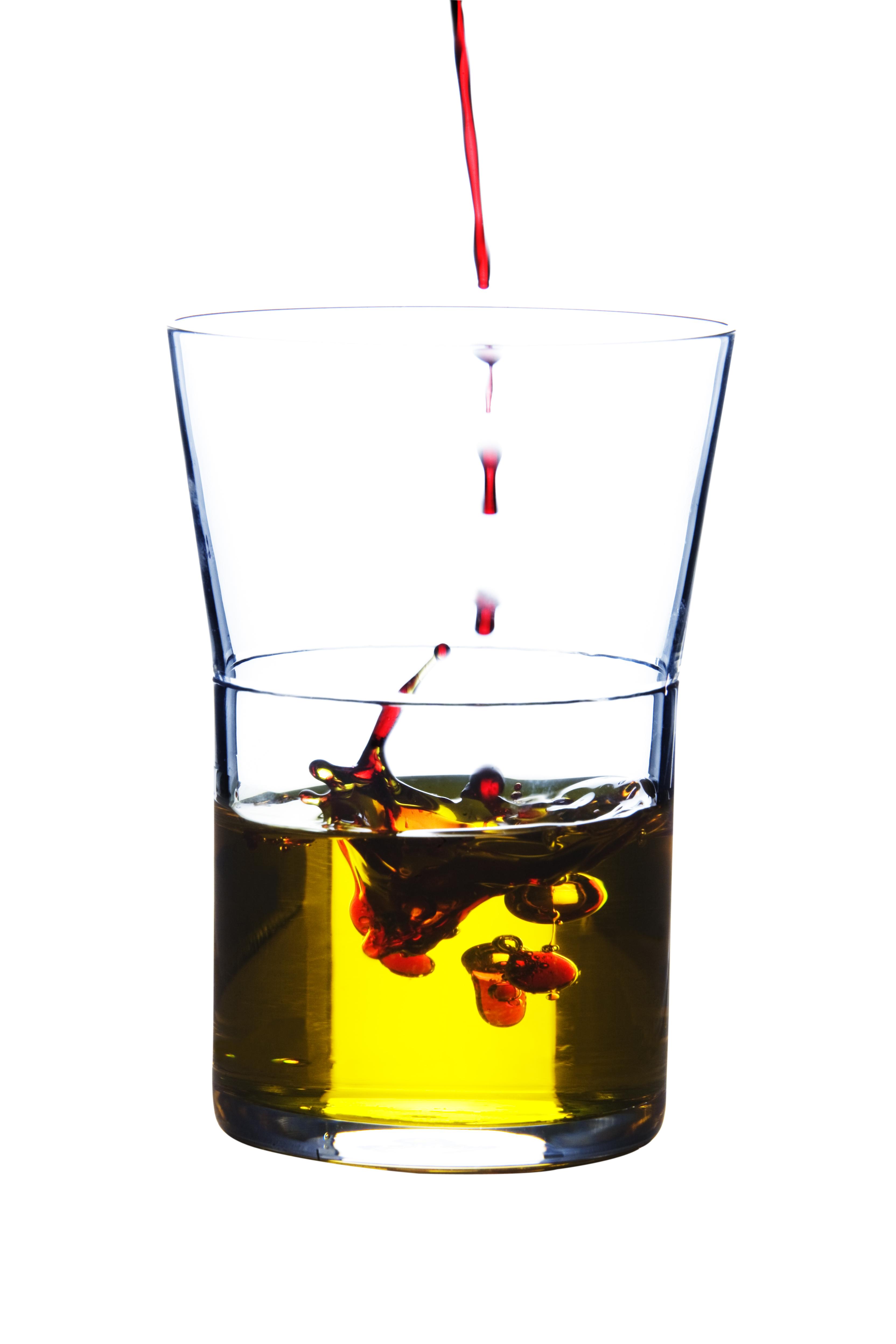 Oljan och aroniajuicen tas tillsammans och kostar 518 kr.
