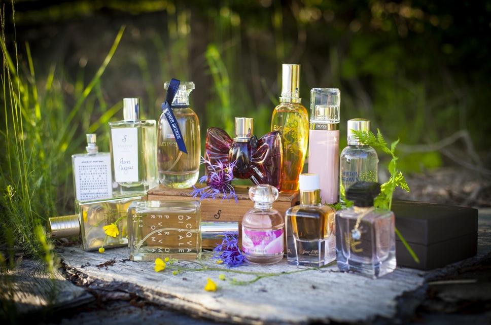 Plåtade 12 härliga parfymer åt Aftonbladets Söndagsbilaga i Roslagen