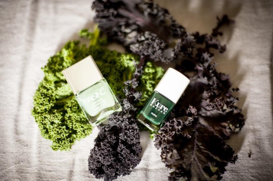 Både Nails inc och Kure Bazaar har grönkål i sina  nagellacer för att stärka och skydda naglarna