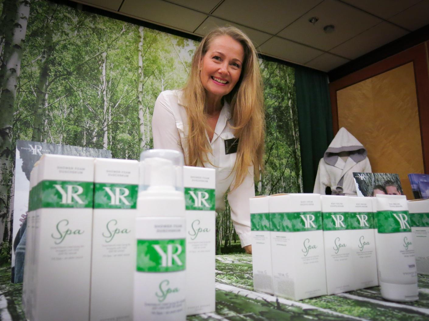 Yvonne Ryding som vann MIss universum 1984 har tagit fram en ny apoteksinriktad linje med fler aktiva ingredienser samt en spabehandling med björksav som hon kallar för Silva Donum