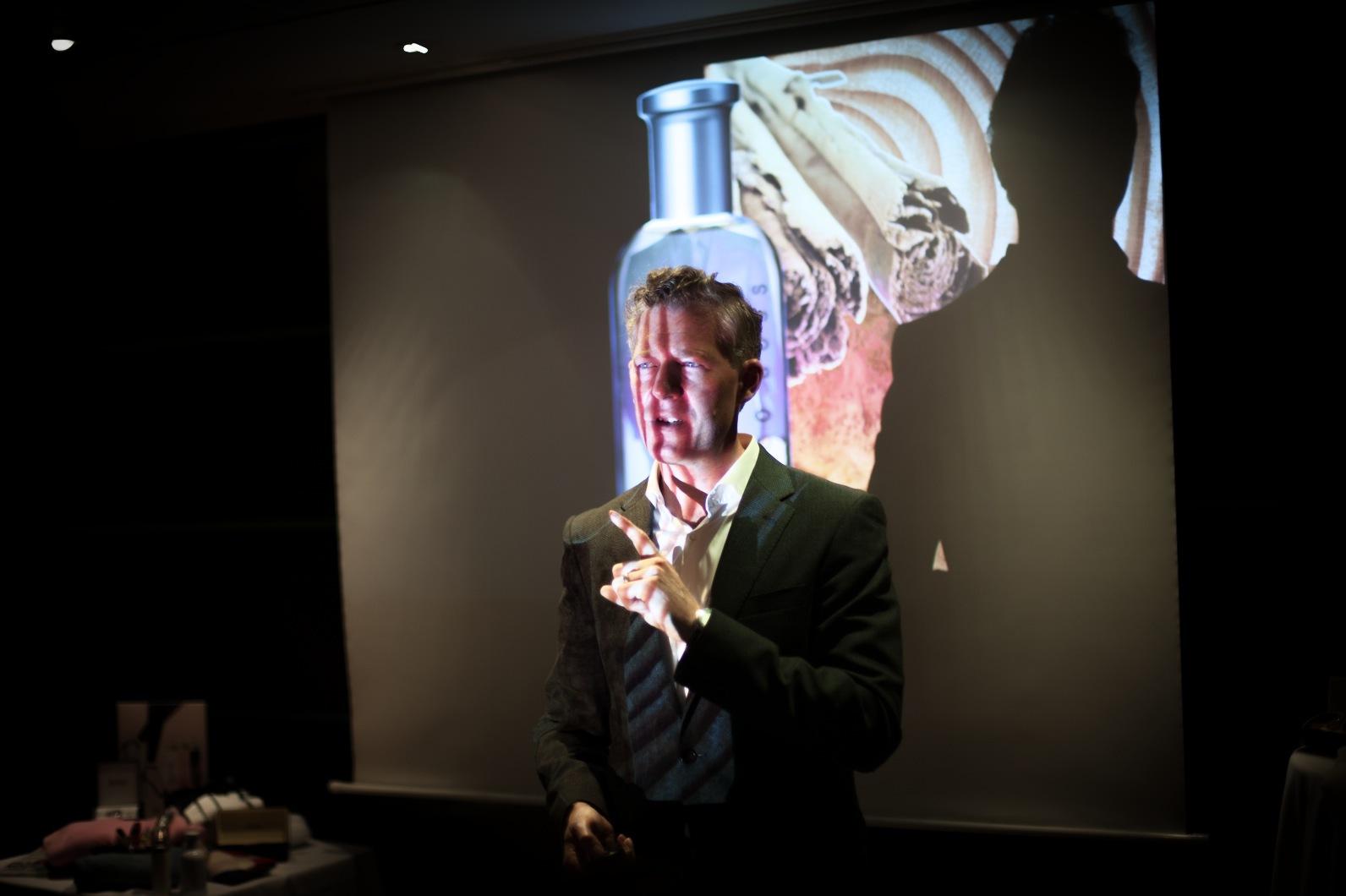 Will Andrews  från Hugo Boss Fine Fragrance Design Team P&G Prestige, leder doftteamt bakom alla Hugo Boss dofterna som lanseras.