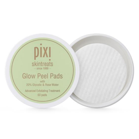 Svenska märket Pixi har precis släppt sina pads som är indränkta i deras kultprodukt Glow Tonic. Fruktsyror, aloe vera och ginseng.