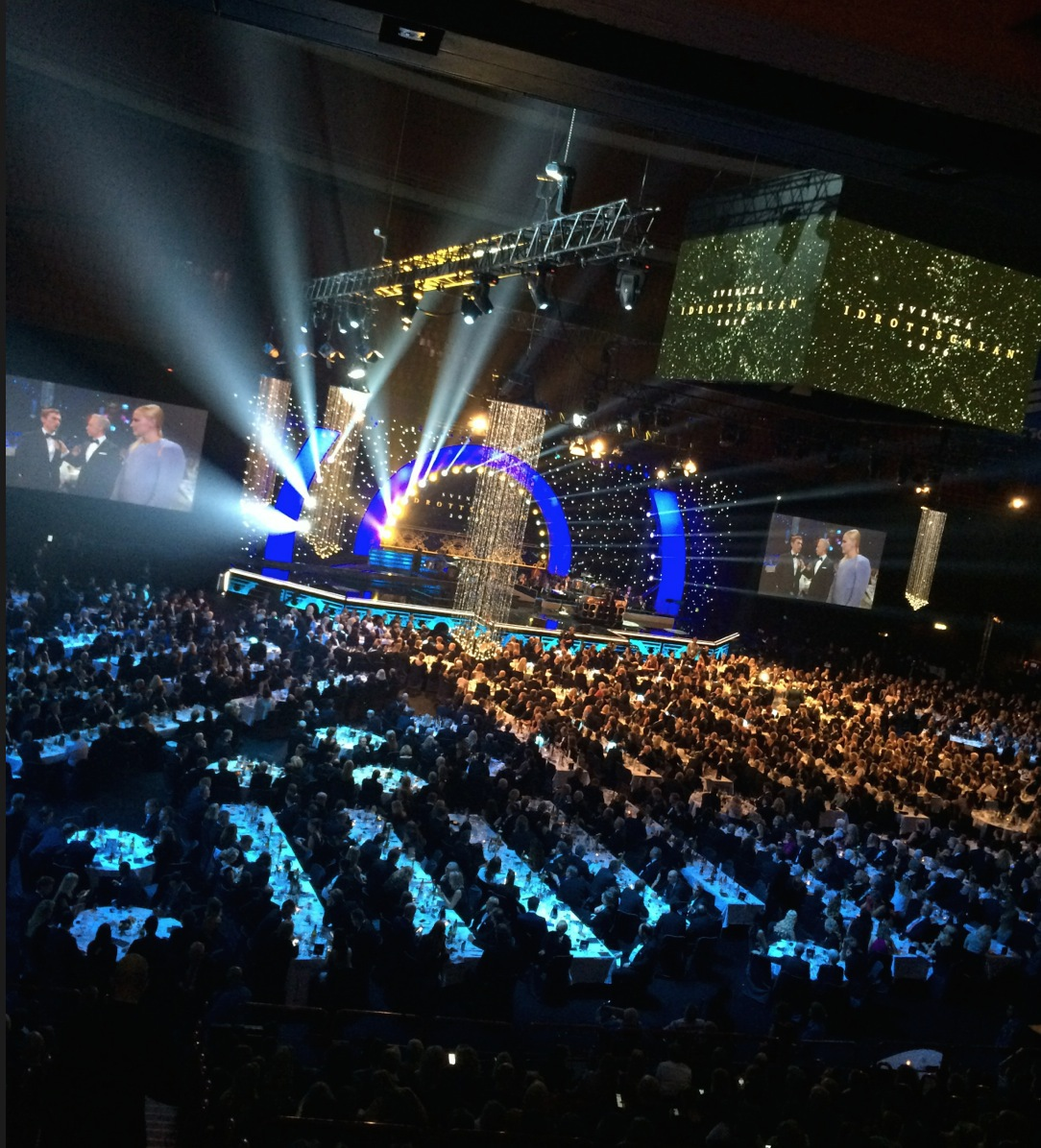 Sveriges maffigaste gala? 3 000 ätande gäster.