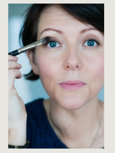 Hannah har drivit bloggen Naturligt snygg i 8 år och är en av föregångarna i Sverige när det kommer till naturlig hudvård och ekovänligt smink.