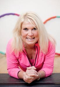 Marlene Gustawson tipsar om hur vi kan få huden att se ungdomligare ut.