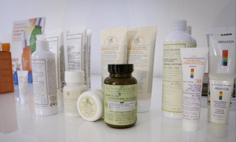 """VMV har en lång rad produkter för olika hudtillstånd. Fria från allt vad som kan tänkas framkalla allergier. Basen i produkterna är kallpressad ekologisk kokosolja """"för att oljan liknar den egna lipid produktionen väldigt mycket"""" JAg har provat solskyddet som jag hade med till Santa Fe och det är super spf 70 (kommer att ändras till den europeiska normen 50 +, snart)"""