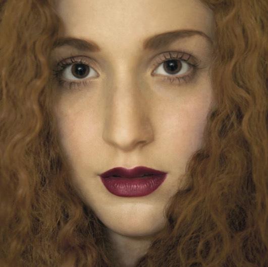 Face Stockholms höstlook är plåtad av Kelly Merchant som driver Photography For Girls och där de porträtterar kvinnor som ...just sig själva.