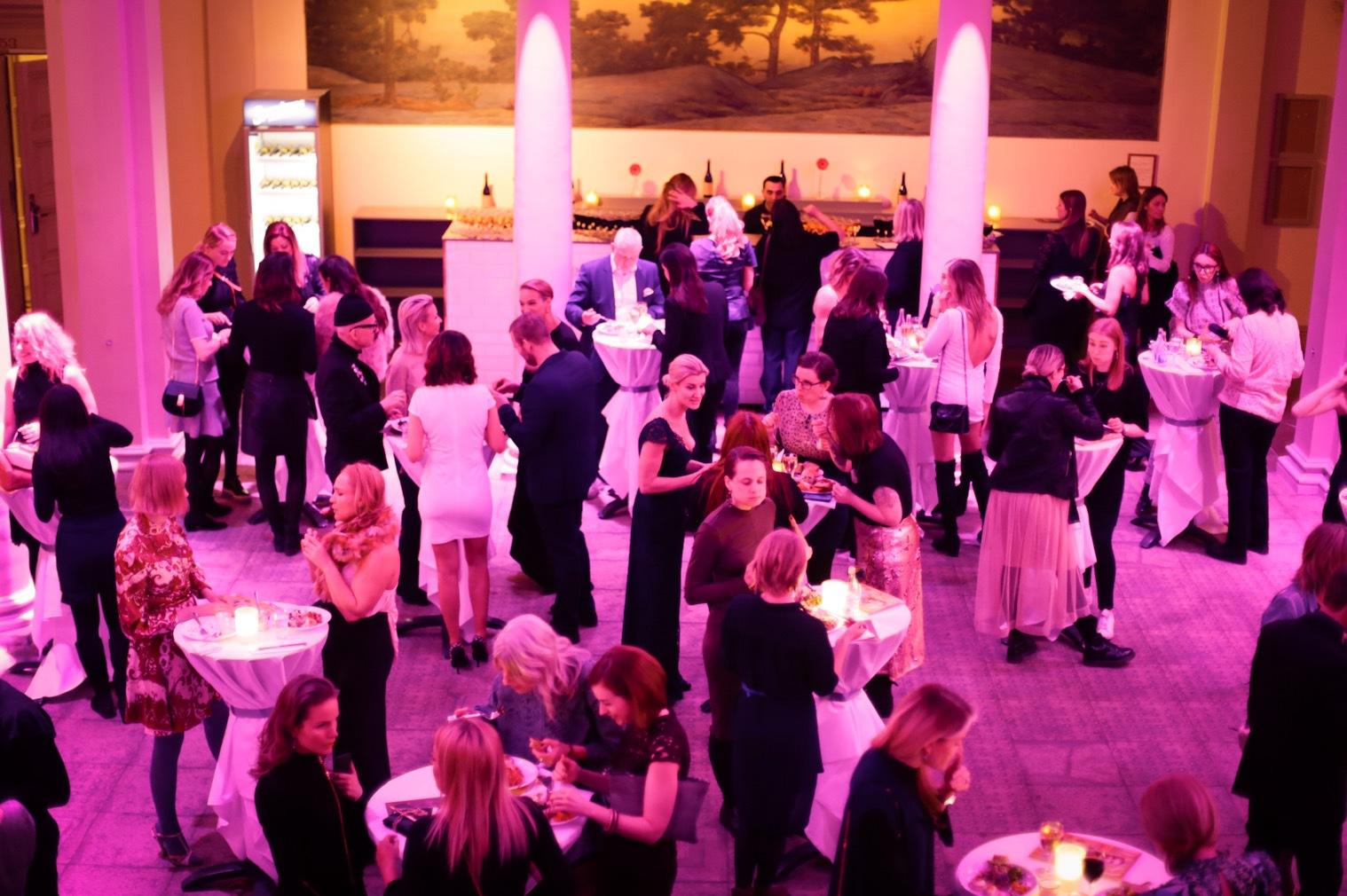 Platsen var Norra Latin och 400 gäster var inbjudna. Typ alla kom!