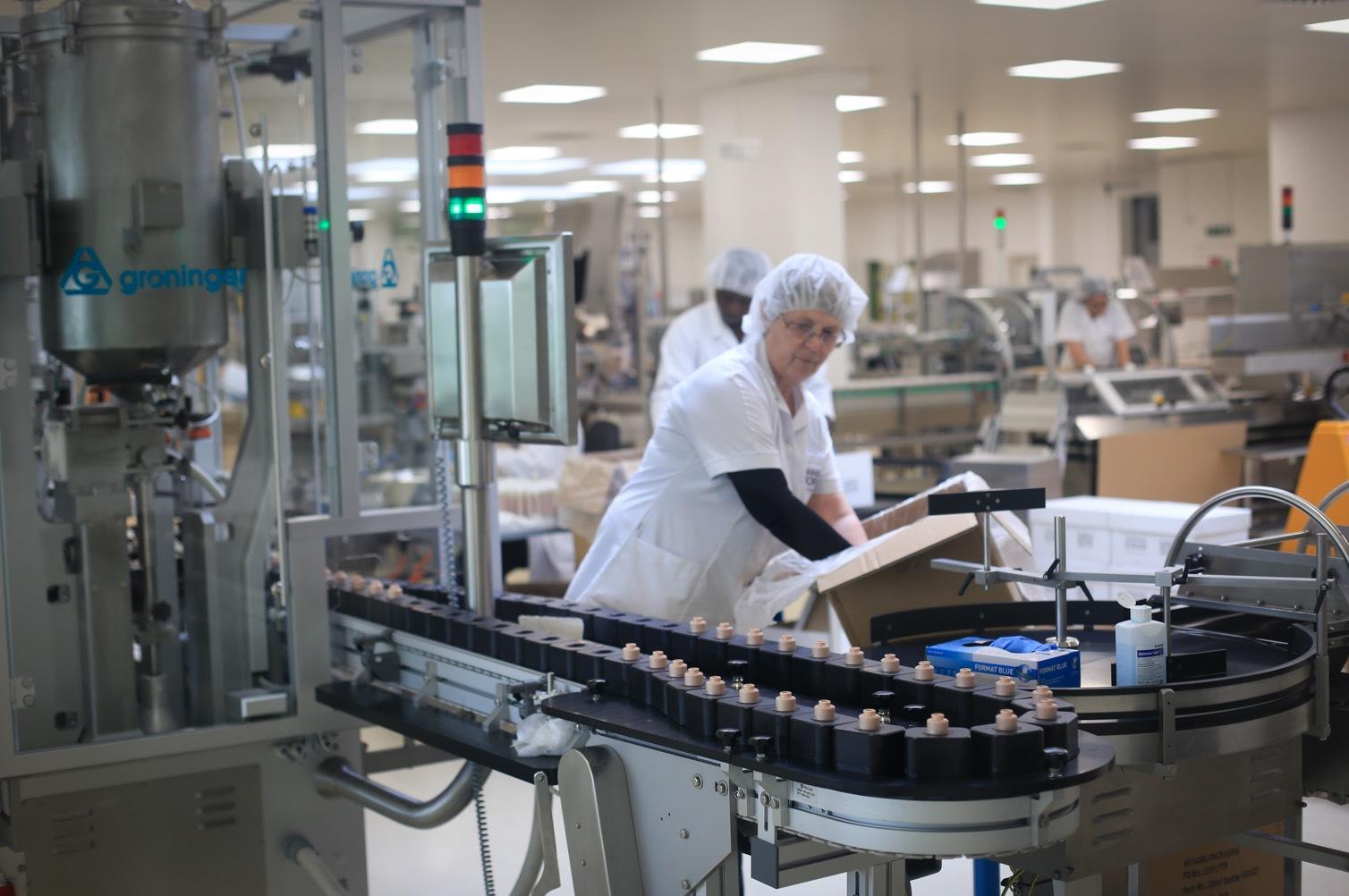 Annemarie Börlind tillverkar alla produkterna i sin egen fabrik i Calw Altburg i södra Tyskland.
