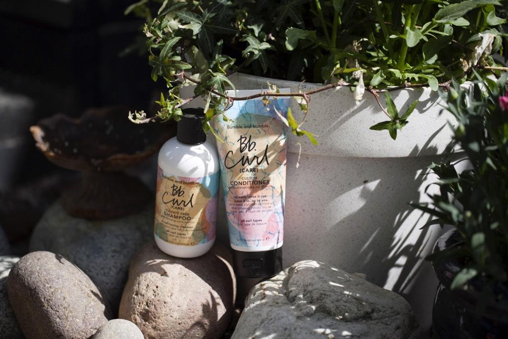 Oklart vilket schampo som Estée Lauder ägda Bumble & Bumble kommer att skänka till de orkandrabbade i USA, men här är mitt favoritschampo, deras sulfatfria