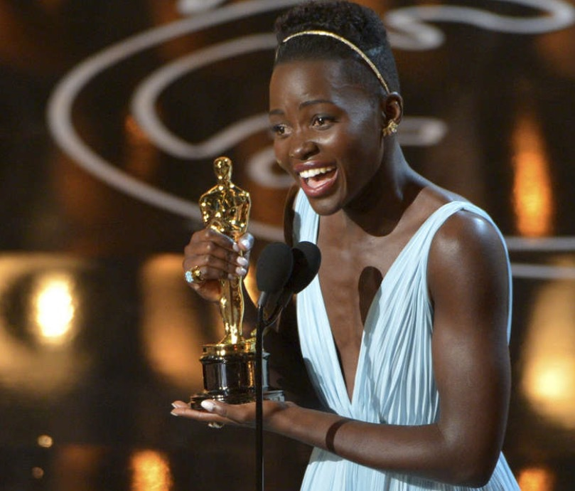 """Lupita Nyong'o fick en Oscars 2014 för sin roll i """"12 years slave"""" . Foto: TT Nyhetsbyrån"""