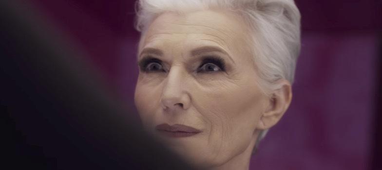 69-åriga dietisten och modellen frontar Covergirls nya kampanj.